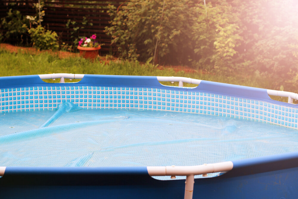 Size and shape of above ground pool